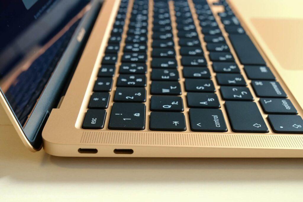 MacBook Air(2021年10月時の最新版)の端子